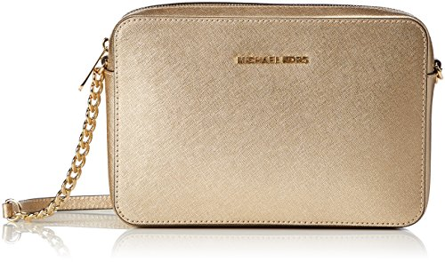 Read more about the article Michael Kors Women's Jet Set Large Metallic Leather Crossbody Bag, Pale Gold, OS