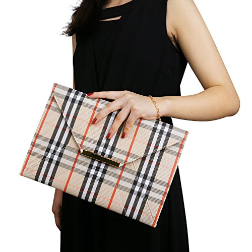 Read more about the article Women's Clutch Purse,Wedding Party Plaid Chain Strap Gold Purses Bags with Pocket Unique Elegant Simple Design Evening Bags Chain Crossbody Bags Beige