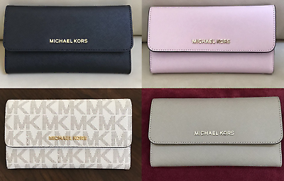 Read more about the article NEW Michael Kors Jet Set Travel Trifold Leather PVC Wallet